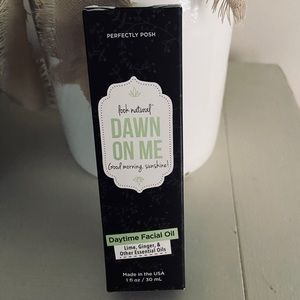 Perfectly Posh Daytime Facial Oil